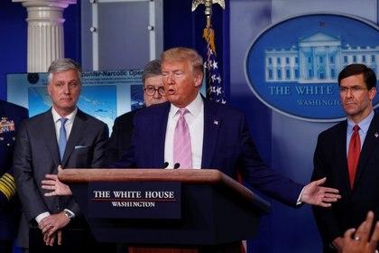 El asesor de seguridad nacional de la Casa Blanca,  Robert O'Brien, con el mandatario norteamericano Donald Trump