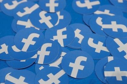 """Facebook busca evitar """"que se produzcan daños en la vida real (Foto: REUTERS/Stephen Lam/File Photo)"""