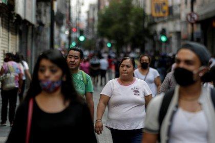 La CDMX debe mantener las medidas sanitarias. (Foto: Reuters)