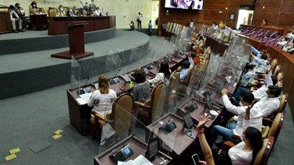 Morena desapareció el Instituto de Acceso a Información Pública en Oaxaca