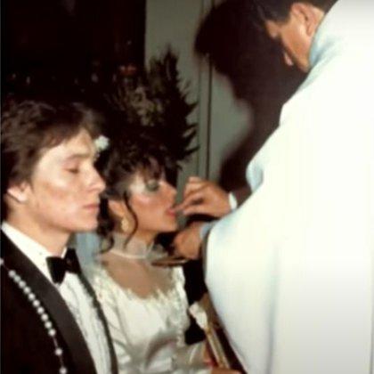 Gaby Ortiz usó el vestido de novia de la madre de Arturo en 1982 (Foto: Archivo)