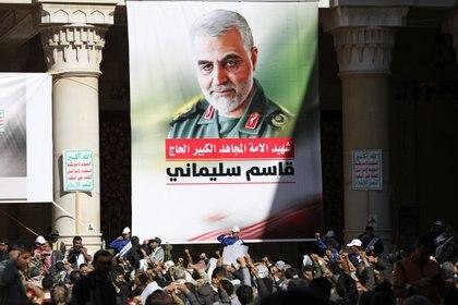 Zarif pidió disculpas a la familia del fallecido comandante Qassem Soleimani (REUTERS/Khaled Abdullah)