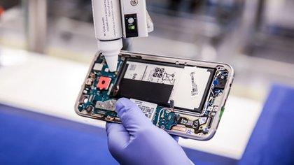 Brightstar fabrica para Samsung y LG