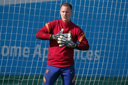11/09/2020 FC Barcelona goalkeeper Marc-André Ter Stegen in training for the 2020/21 season at the Ciutat Esportiva Joan Gamper SPORTS MIGUEL RUIZ / FCB