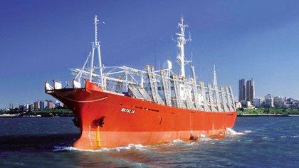 """Actualmente, los tripulantes de """"Natalia"""" quedaron aislados en un hotel a cargo de la firma Moscuzza y están a la espera de resultados de los análisis (http://www.moscuzza.com/)"""