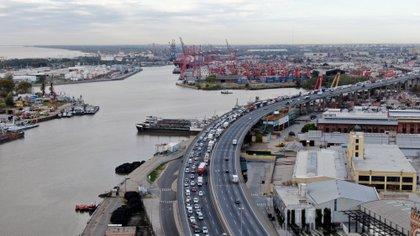 Congestionamiento en la autopista Buenos Aires-La Plata