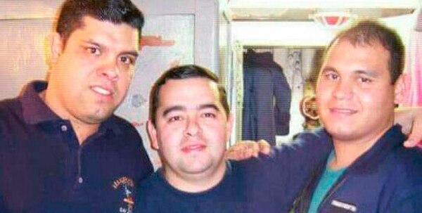 Ortiz, a la derecha