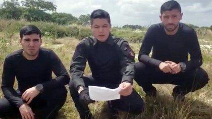En el video que difundieron los militares de la Operación Aurora se ve al teniente Caldera