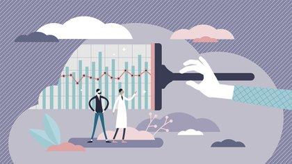 Los calendarios de Pfizer y Moderna apuntan a estar disponibles con producción a escala global entre fines de 2020 y el primer semestre de 2021.  Las empresas indicaron que si el resto de pruebas resultan exitosas y la vacuna recibe la aprobación de los entes supervisores, tienen intención de fabricar hasta 100 millones de dosis en lo que queda de año y potencialmente más de 1.200 millones durante 2021. (Shutterstock)