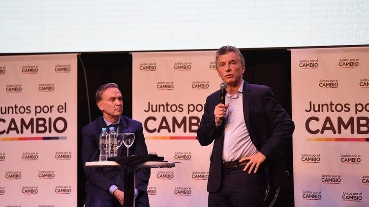 Pichetto y Macri en el cierre de la convención en Parque Norte (Fotos: Franco Fafasuli)
