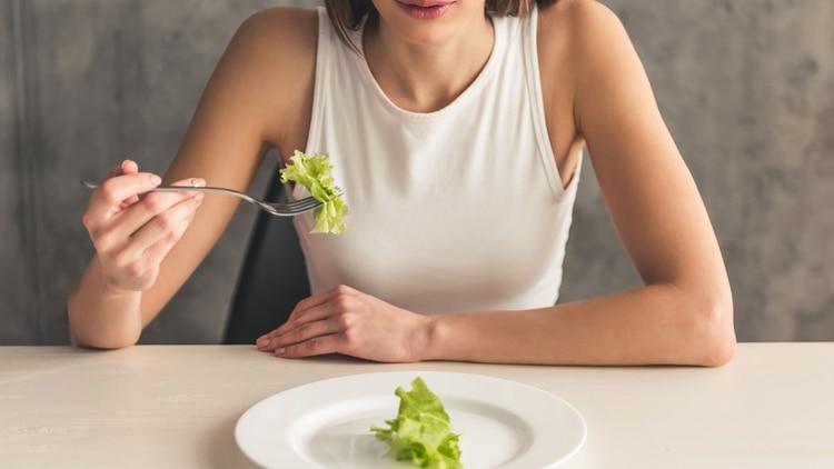 La anorexia y la bulimia afectan a 7 millones de mujeres y a 1 millón de hombres en todo el mundo (Shutterstock)