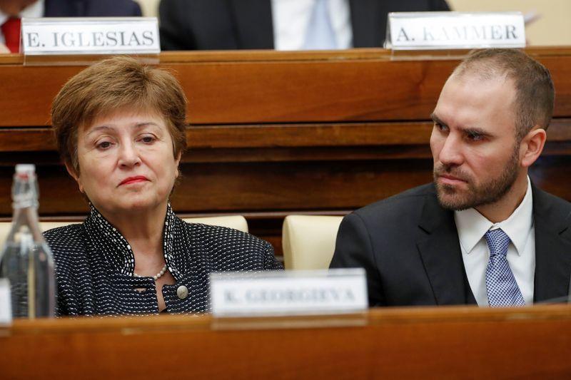 La directora gerente del FMI, Kristalina Georgieva, y el ministro de Economía de Argentina, Martin Guzmán