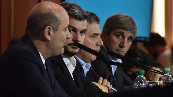 Sturzenegger, Peña, Dujovne y Caputo. (Adrián Escandar)