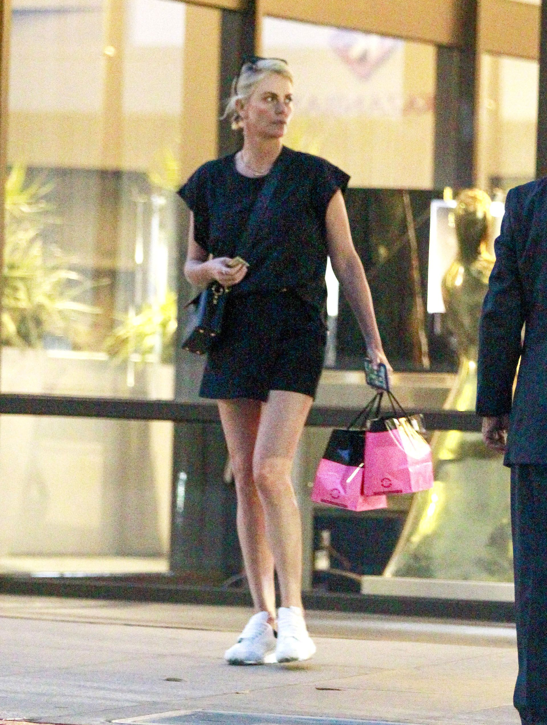 Celebrities en un clic 26072021 Charlize Theron