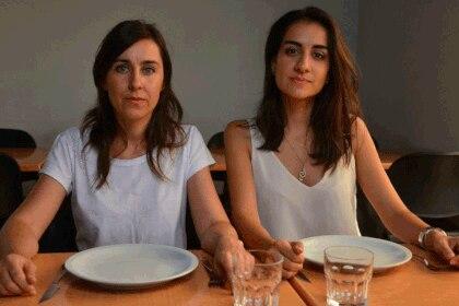 Claudia Albrecht y Florencia Demarchi dejaron de comer canasta básica por riesgos para su salud. Foto: Diario La Voz.
