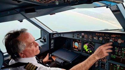 Masnata tuvo el orgullo de pilotear el primer viaje humanitario a Miami, en busca de argentinos varados