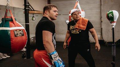 Así celebró Eddy Reynoso el aforo para la pelea de Canelo Álvarez vs Billy Saunders