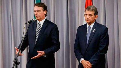 Bolsonaro, avec Joaquim Silva e Luna