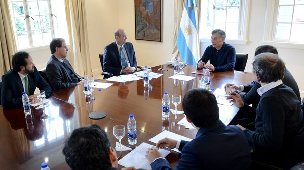 Muricio Macri junto a Federico Sturzenegger (Presidencia)