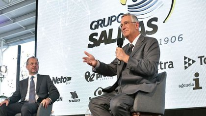 El presidente de Grupo Salinas afirmó que ser millonario le ha permitido tener un mayor acceso al arte, la cultura y la literatura (Foto: Instagram/ @ricardosalinas)