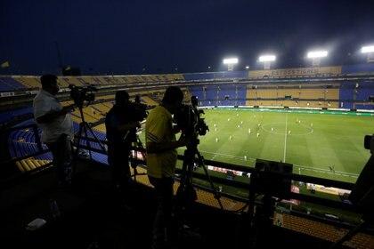 Los derechos de transmisión es la fuente de ingresos principal de los clubes (Foto: Reuters)