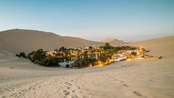 Un oasis en el medio del desierto peruano (Getty Images)