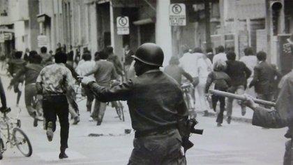 El Tucumanazo: la mecha de las rebeliones que marcaron la caída de Onganía, el general que pensaba quedarse 20 años en el poder