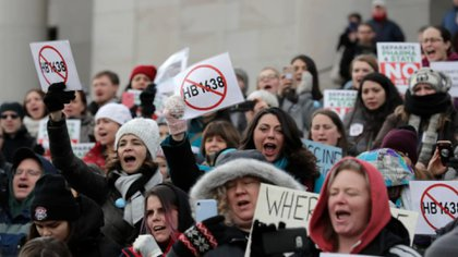 Manifestantes antivacunas