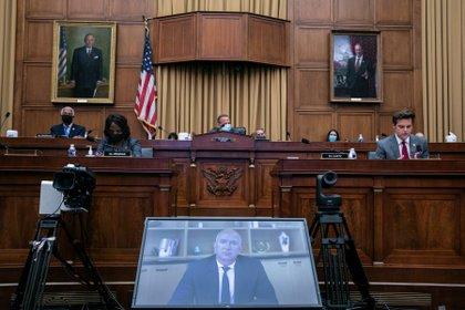 Jeff Bezos habla ane el Subcomité antimonopolio de la Cámara de Representantes de EEUU. Foto: Graeme Jennings/via REUTERS
