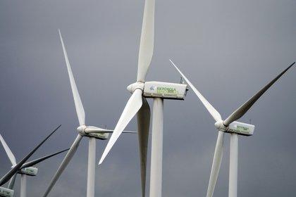 Turbinas de Iberdrola Renovables en Ardales. EFE  EPA  MAURITZ ANTIN  Archivo