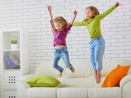 La felicidad de los niños también depende de la felicidad de los padres (Shutterstock)