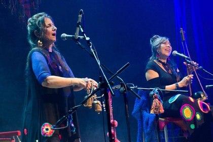 Liliana Vitale + Verónica Condomí durante uno de sus últimos conciertos de este 2017