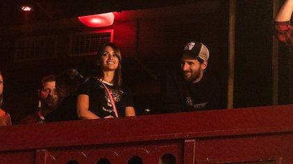 Lio Messi y Antonela Roccuzzo en el recital de NTVG (Foto: Gentileza Facundo Martín/Soy Rock)