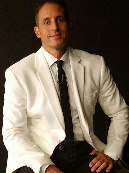 Juan Pablo Fioribello es abogado de Andrea del Boca y de Moria Casán