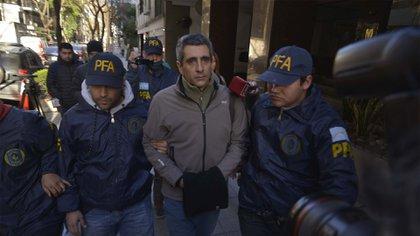 Roberto Baratta, al ser detenido (Gustavo Gavotti)