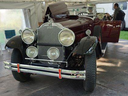 Otra réplica, en este caso hecha en Córdoba: un Packard Touring de 1930