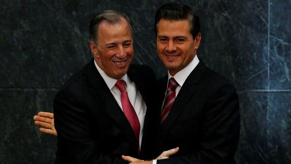 El candidato perdedor del PRI, José Antonio Meade, con el presidente Enrique Peña Nieto. (Reuters)