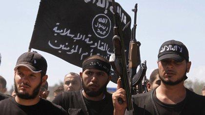 Militantes de Al Qaeda, uno de los principales grupos terroristas activos en la región