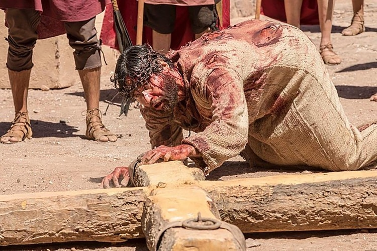 El vía crucis, uno de los momentos más logrados de