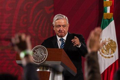 El presidente Andrés Manuel López Obrador ya planea reabrir desde mediados de mayo sectores económicos clave como construcción, minería y la industria automotriz (FOTO: ANDREA MURCIA /CUARTOSCURO)