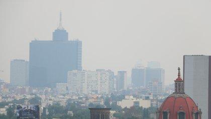El Sistema de Monitoreo Atmosférico de la Ciudad, informó que persistirá la mala calidad del aire en el Valle de México (Foto: Cuartoscuro)