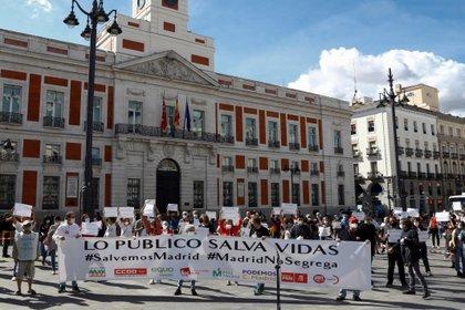 Protesta contra las restricciones en Puerta del Sol (EFE)