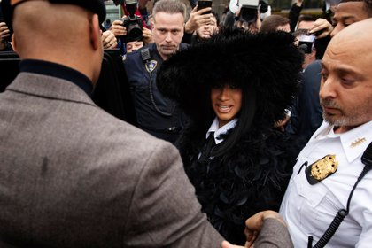 Singer Cardi B departs Queens County Criminal Court in the Queens Borough of New York, U.S., December 10, 2019.  REUTERS/Lucas Jackson