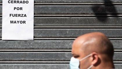 El economista aseguró que frenar la economía es una reacción desproporcionada