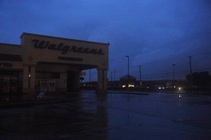 Una tienda Walgreens inundada en Corpus Christi, Texas. (Annie Rice/Corpus Christi Caller-Times via AP)