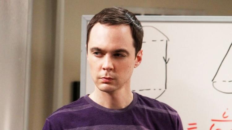 La razón por la que Kaley Cuoco no habla con sus compañeros de The Big Bang Theory