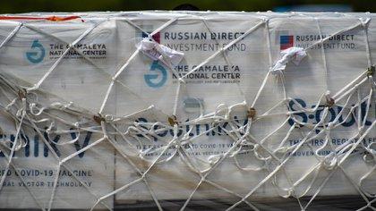 Las dosis fueron transportadas en contenedores especiales y a menos de 18 grados bajo cero