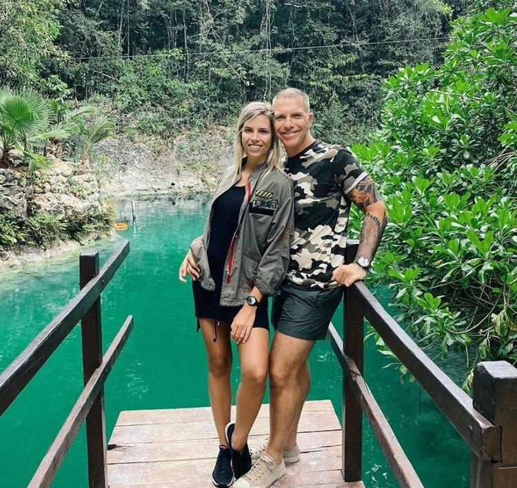 Las vacaciones de Ale Fantino y su novia