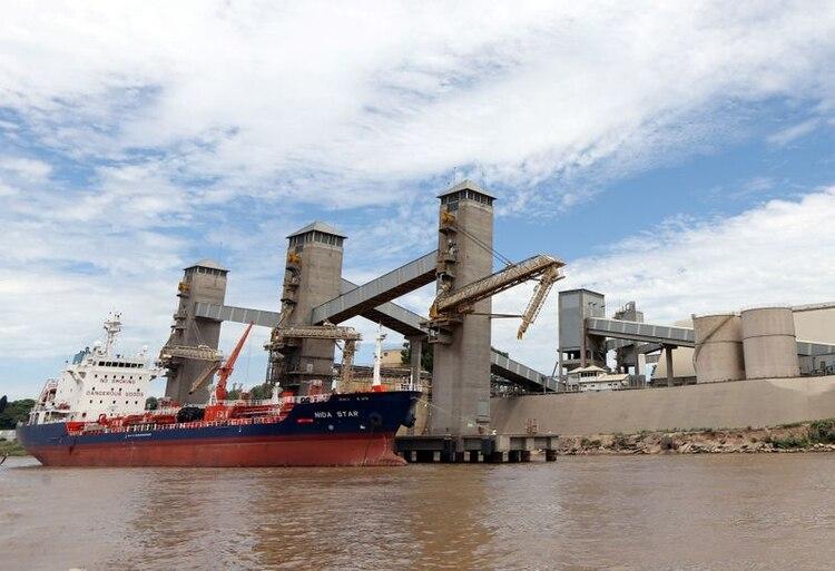 En los puertos nacionales se tomaron medidas de prevención tras el anuncio de la emergencia sanitaria