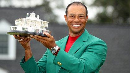 Más allá de su gran regreso del 2019, cuando ganó su quinto Masters de Augusta, Tiger Woods arrastra ausencias y malos resultados en los últimos años (Foto: REUTERS)